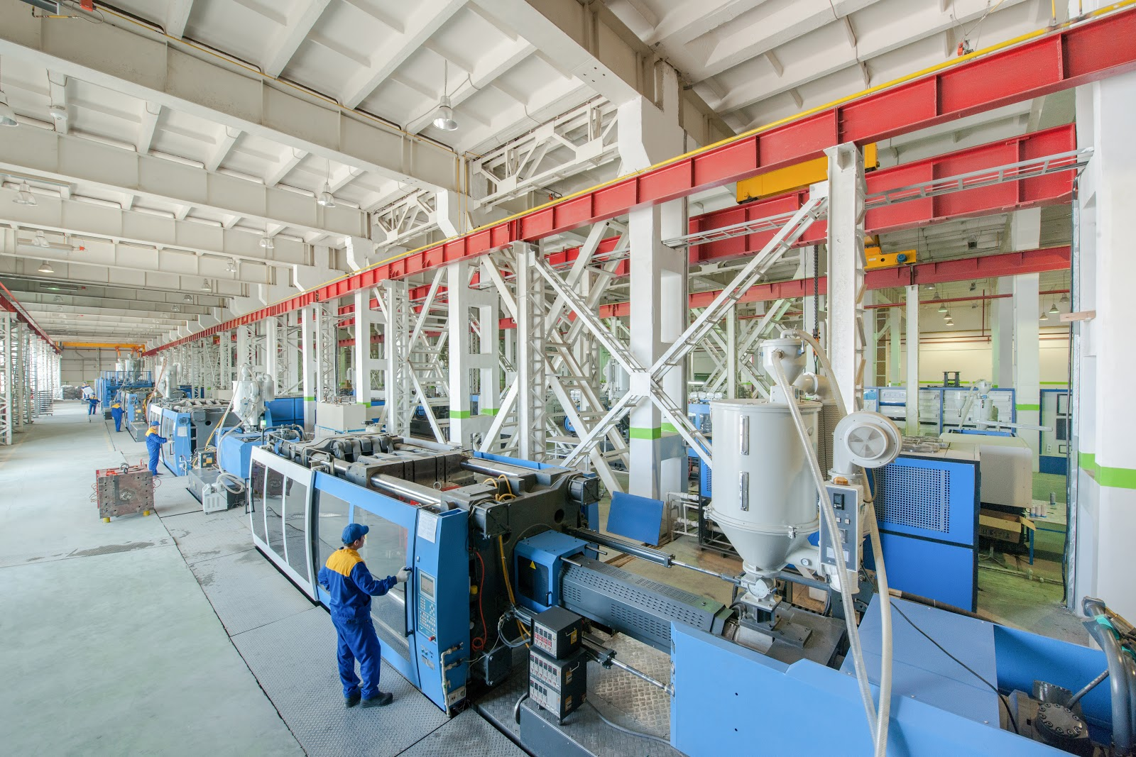 How a Plastic Molding Company Can Help Small Businesses?